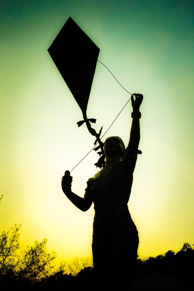 Kite Girl-1